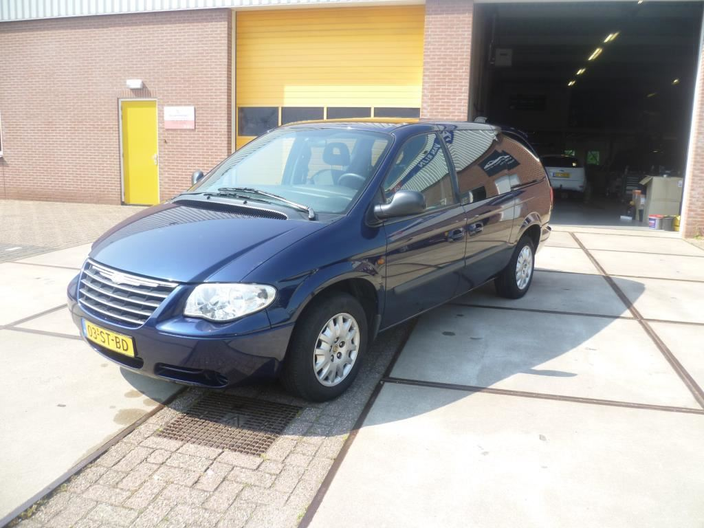 Chrysler Grand Voyager 3.3i V6 SE Luxe Chrysler Grand Voyager in hele mooie staat !!! 03STBD